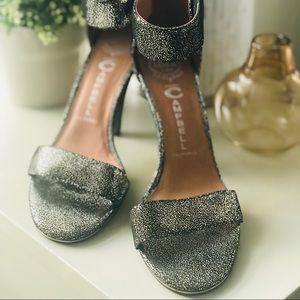 Jeffrey Campbell Gold/Black sparkles sandals US9
